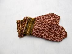Hand knitted wool mittens, colorfull mittens, brown pink mittens, Latvian mittens, Nordic mittens, women mittens, girl mittens, hand warmers by peonijahandmadeshop on Etsy