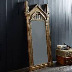 Harry Potter Noble Wizarding World Hogwarts Mirror of Erised Keychain