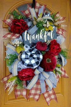 Diy Fall Wreath, Autumn Wreaths, Holiday Wreaths, Halloween Wreaths, Thanksgiving Wreaths, Fall Diy, Easter Bunny Centerpiece, Easter Bunny Decorations, Wreaths For Front Door