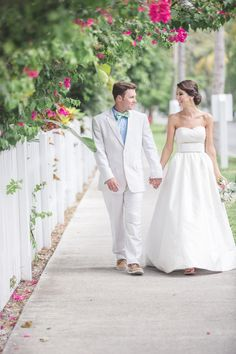 Preppy Key West Beach Wedding  Read more - http://www.stylemepretty.com/little-black-book-blog/2014/02/11/preppy-key-west-beach-wedding/