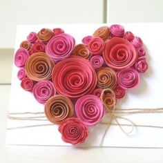 I found this on Facebook BRICO'folies - Switzerland - gorgeous felt heart