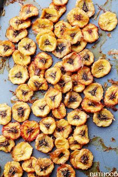 Perfect for kid's camp lunches! Deliciously sweet and guilt-free baked banana chips are so easy to make and are the perfect portable, healthy snack. @diethood