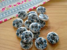 Check out this item in my Etsy shop https://www.etsy.com/uk/listing/264365457/pack-of-12-x-wooden-blue-and-white