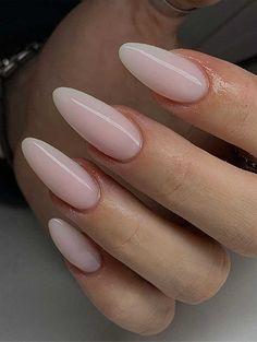 40 Fabulous Nail Designs That Are Totally in Season Right Now - nail art designs,almond nail art design, acrylic nail art, short nail designs with glitter Almond Nail Art, Almond Acrylic Nails, Best Acrylic Nails, Almond Nails, Acrylic Nail Designs, Fabulous Nails, Perfect Nails, Stylish Nails, Trendy Nails