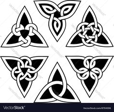 Celtic Fonts, Celtic Tattoo Symbols, Celtic Tattoos, Celtic Art, Celtic Heart Knot, Celtic Circle, Celtic Trinity Knot, Tribal Tattoos, Tattoos Skull