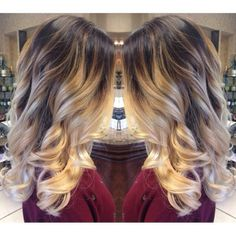 loveee this coloring. like and ombre but higher up, looks really pretty