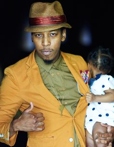 Deitrick Haddon with his daughter. (Photo: Oxygen Media)