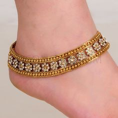 I was meant to create just a bracelet Inspired by this beautiful anklet but then Payal Designs Silver, Silver Payal, Silver Anklets, Gold Anklet, Indian Wedding Jewelry, Bridal Jewelry, Gold Jewelry, Indian Jewelry, Antique Jewelry