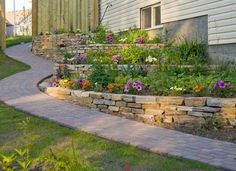 Large backyard landscaping ideas are quite many. However, for you to achieve the best landscaping for a large backyard you need to have a good design. Backyard Retaining Walls, Large Backyard Landscaping, Sloped Backyard, Landscaping Tips, Backyard Ideas, Patio Ideas, Tiered Landscape, Landscape Plans, Landscape Design