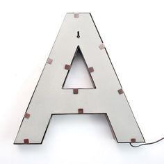 Iluminación Metálica Decorativa LETRA A (Decoración metálica iluminada)