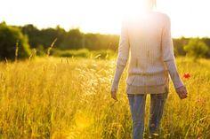 Gesund im Alltag: Warum es sich lohnt, spazieren zu gehen - BRIGITTE