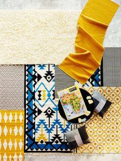 Ylhäällä vasemmalla0x2028 Ikean valkoinen Vitten-nukkamatto villaa, 140x200 cm, 990x202Fe. Harmaa-valkoinen Latu-matto, 80x150 cm, 49,90 e, ja kelta-valkoinen Nami-matto, 80x200 cm, 79,90 e, Kodin Ykkönen. Graafinen Peru-matto sini-mustalla kuvioinnilla, 170x240 cm, 5790x202Fe, Vepsäläinen. Pieni mustavalkoraidallinen matto, 89 e, Stockmann. Keltainen Olympia-villamatto, 80x240 cm, 490 e, Stockmann. Mustavalkoinen Viiru-puuvillamatto, 80x150 cm, 29,90 e, Kodin Ykkönen. Ikean keltakuvioinen…
