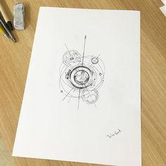 ∥Camera lens + Planetary orbit ∥카메라 렌즈와 우주의 혼합물 ∥주문제작∥ ✍ #illust #tattoo #design…