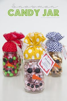 Quick Gift: SNOWMAN CANDY JAR...plus FREE printable! | Make It and Love It