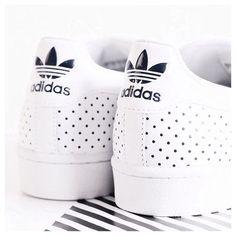 Adidas |