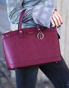 Henri Bendel Burgundy Bag 2016 collection Winter Autum by UK Fashion BLogger LAFOTKA. http://www.lafotka.com/