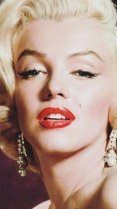 67 Ideas For Makeup Quotes Marilyn Monroe Girls Estilo Marilyn Monroe, Marilyn Monroe Makeup, Marilyn Monroe Artwork, Miss Monde, Double Exposition, Norma Jeane, Portrait, Classic Hollywood, Makeup Looks