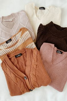 A cozy sweater is essential for a cute fall outfit, and these neutral hues are perfect for autumn. Layer these casual clothes with a bralette to beat the chilly weather. Source by fall outfits Cute Fall Outfits, Winter Outfits, Casual Outfits, Casual Clothes, Cute Fashion, Fashion Outfits, Fashion Trends, Cozy Sweaters, Sweaters For Women