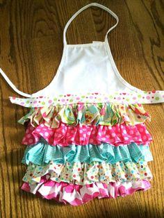 ruffled aprons   Kids ruffle apron- so cute!