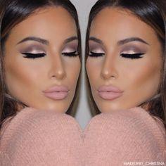 @makeupby_christina - Visit www.magnetlook.com/photos for more Fashion & Beauty Photos