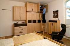 Schlafzimmer mit Karriereleiter http://www.die-moebelmacher.de/produkte/wohnen/schlafzimmer/massivholzschlafzimmer14bis15.html