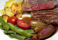 Rinder Steak, Steaks, Meat, Baking, Travel, Food, Crickets, Food And Drinks, Food Food