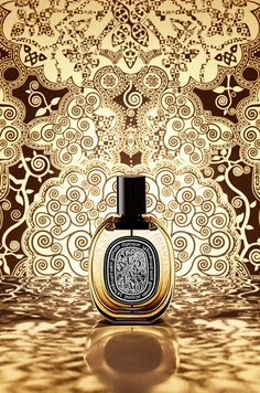 Niche Perfumery Diptyque Oud Palao ~ The composition is built from Bulgarian rose and oud from Laos. They are surrounded by Madagascar vanilla, tobacco aroma and warm and intoxicating rum, combined wi (Cosmetic Bottle Sketch) Perfume Ad, Perfume Bottles, Anuncio Perfume, Cosmetic Design, Moon Jewelry, Creative Posters, Bottle Design, My Beauty, Cosmetics