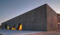 Municipal Leisure Center In Tordesillas / ENTREARQUITECTURA