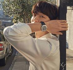 StyleKorea: Photo Gong Yoo for Harper's Bazaar Korea February 2019 Park Hae Jin, Park Seo Joon, Asian Actors, Korean Actors, Ji Chang Wook Abs, Goblin Gong Yoo, Oppa Gangnam Style, Kang Haneul, Asian Male Model