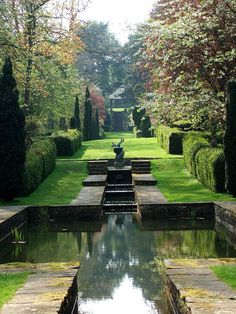 Water Garden at Buscot Park, outside  Faringdon in Oxfordshire, England.  Designed by Sir Harold Peto, 1904.