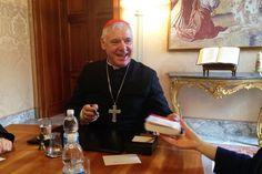 Cardeal Müller: 'Pobre para os pobres, uma teologia que nos liberta' Aleteia entrevistou o cardeal Gerhard Müller com motivo da publicação de seu livro 'Pobre para los pobres', com o prólogo feito pelo Papa Francisco.