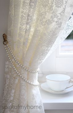 "TAMMY' Shabby Chic Vintage Styled Curtain Jewellery Pearl Handmade Lenght 19"" or 49cm Doubled Light Ivory Pearl Tieback Custom"