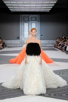 Giambattista Valli Fall 2015 Couture Collection - Vogue