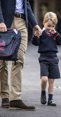 Prince George arrives for his first day of school | Daily Mail Online