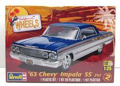 1963 Chevy Impala SS Revell 85-4278 1/25 New Car Model Kit