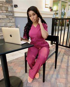 Cute Nurse, Nurse Love, Hello Nurse, Nursing Goals, Nurse Aesthetic, Beautiful Nurse, Pediatric Nursing, Pretty Black Girls, Medical Scrubs