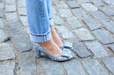 Blue jeans + bow heels