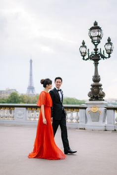 Beautiful portrait with the Eiffel Tower // Tan and Kelly's Parisian Engagement Shoot #paris