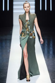 Maxime Simoens Spring 2012 Couture--I adore the structure and colors of this dress