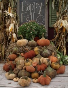 Happy Fall - love all the homemade pumpkins but love the chalkboard idea!! What a great touch!