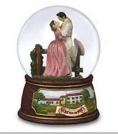 san francisco music box snow globes Gone with the Wind