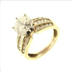 5.9 Gram 14kt Two-Tone Gold Ring With Colorless Stones http://www.propertyroom.com/l/59-gram-14kt-twotone-gold-ring-with-colorless-stones/9629634