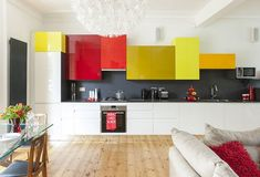 ultra modern kitchen design ideas red and yellow cabinets Source by The post ultra modern kitchen design ideas red and yellow cabinets appeared first on Lee Scahartz Interiors. Yellow Kitchen Cabinets, Kitchen Cabinet Remodel, Kitchen Cabinet Colors, Modern Cabinets, Kitchen Colors, Home Design, Küchen Design, Design Ideas, Colorful Kitchen Decor