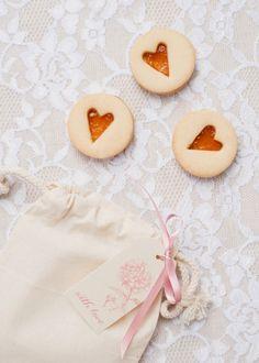 cookie wedding favors ideas | itakeyou.co.uk #weddingfavors  #edibleweddingfavors  #weddingfavor