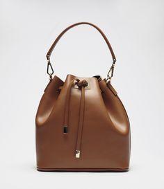 Beuteltasche Cocoplum braun #poilei #beuteltasche #bag #brown #gold #collectionss16 #springsummer
