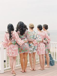 Pretty floral #robes for the bridesmaids.