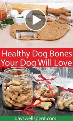Diy Dog Treats, Homemade Dog Treats, Homemade Gifts, Diy Food Gifts, Dog Bones, How To Make Homemade, Healthy Foods To Eat, Dog Food Recipes, Your Pet