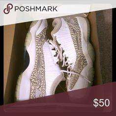 Boys Jordan's Boys Jordans. Excellent condition! Size 6.5 Jordan Shoes Athletic Shoes