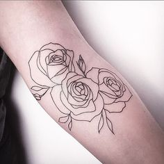 With simple SW style flowers instead? Tattoo You, Lotus Tattoo, Tattoo Floral, Rose Outline Tattoo, Tattoo Fonts, Geometric Rose Tattoo, Tattoos For Guys, Hip Tattoos, Star Tattoos