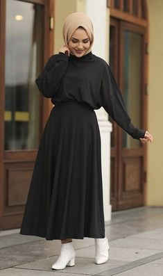 Source by onouini outfits hijab Modest Fashion Hijab, Hijab Style Dress, Modern Hijab Fashion, Street Hijab Fashion, Hijab Fashion Inspiration, Islamic Fashion, Hijab Chic, Muslim Fashion, Casual Hijab Outfit